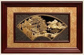 Các dòng tranh đồng quà lưu niệm đang được ưa chuộng.