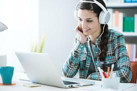 68. Học tiếng Anh trực tuyến với giáo viên nước ngoài thích hợp với những đối tượng nào. Ảnh 1