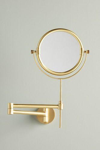 Những câu chuyện kỳ lạ về chiếc gương soi (2)